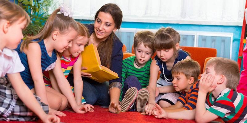 Когда лучше отдавать ребенка в детский сад? Мнение психологов